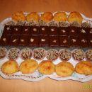 Kokosovi kolački, makove rezine, čokoladni kupčki s corn flakes-om