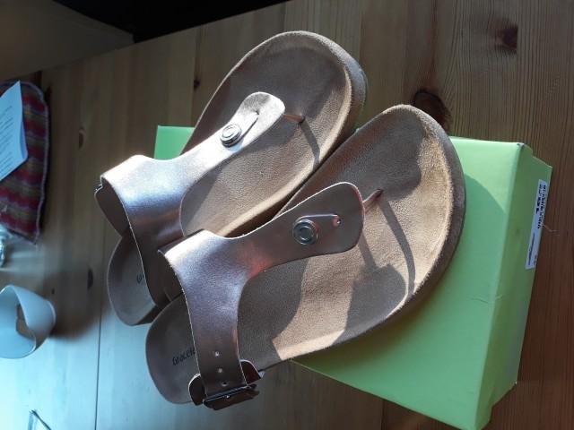 Novi čevlji velikost 42 - foto