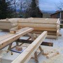 Lesene okvirje smo sestavili kar na plošči