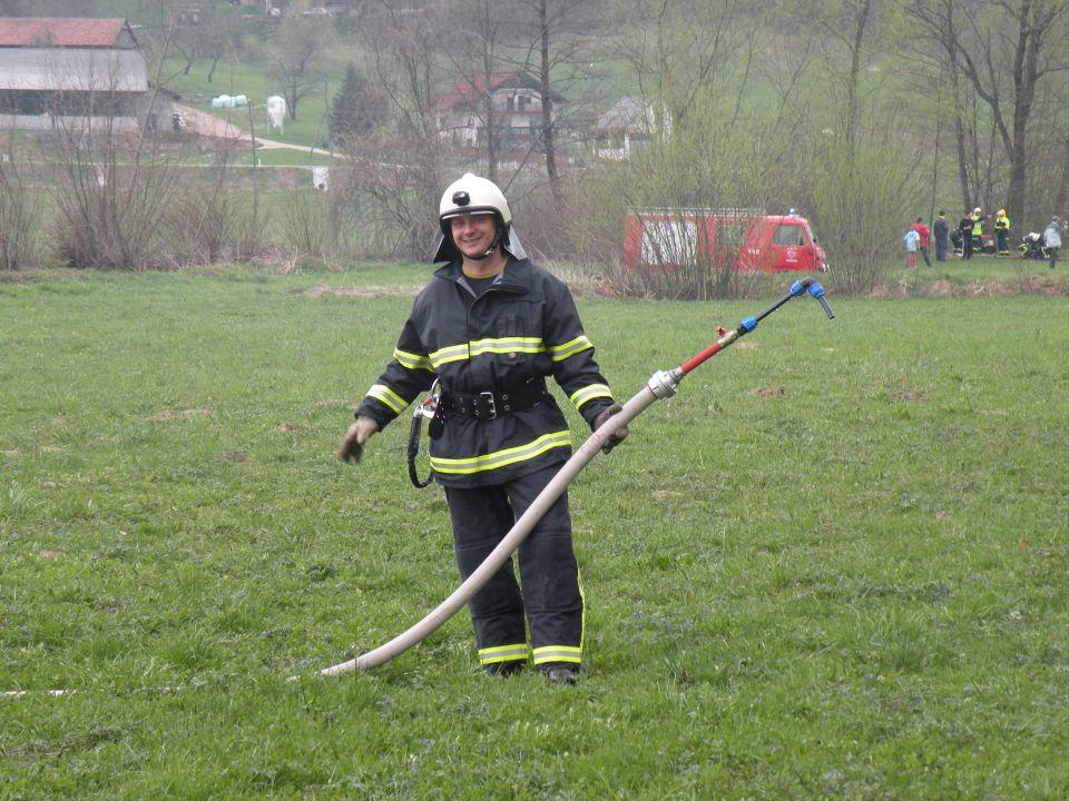 Zaključna vaja tečajnikov 10.4.2010 - foto povečava