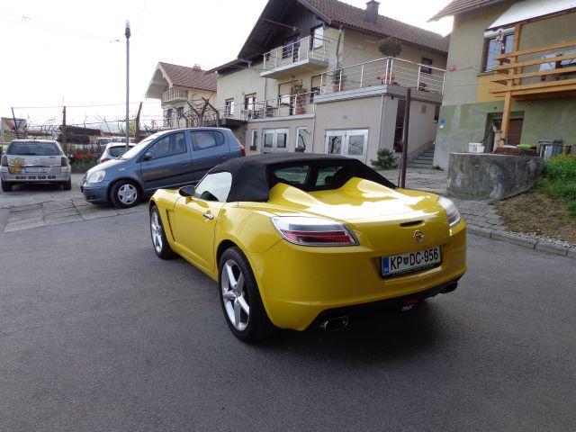 Opel GT - foto