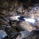 potem sva se zakadila še v Južni kamin, mojstrsko ga prepleza Borut