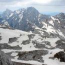 na levi Ojstrica, na sredini Planjava, na desni Brana