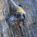 Tedi v drugem raztežaju, ki ne postreže z najbolj kvalitetno skalo.
