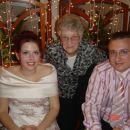 Babica Tatjana z ženinom in nevesto