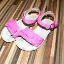 Sandalčki št. 25, 9 eur