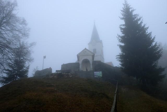 2018_11_27 Dom v Gorah ( 762 m ) iz Z/M - foto