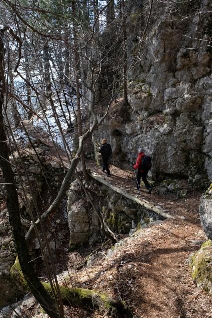 2019_03_26 Kucelj in Koča Antona Bavčerja na  - foto