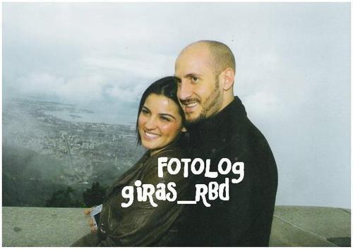 Z bivšim zaročencem Guidom Larisem - foto