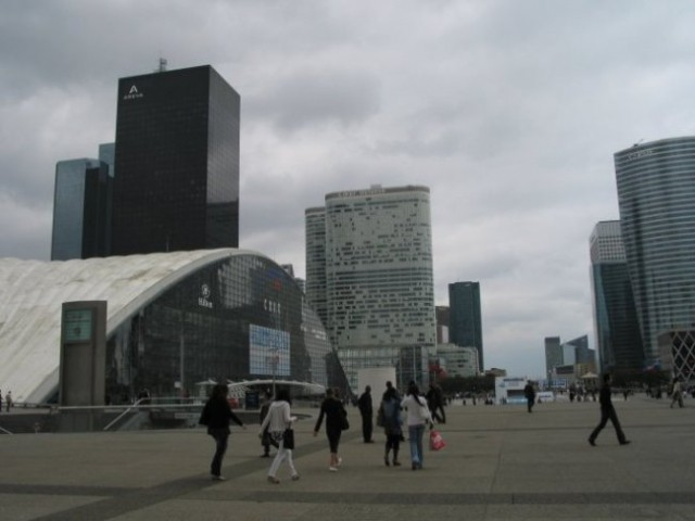 Paris: La Defense