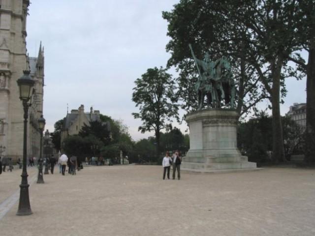 Paris: Notre Dam
