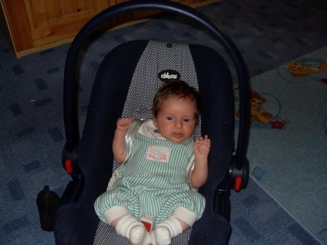 Karin 1. mesec - foto
