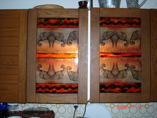 Kuhinjska omarica- servetna+barve za steklo