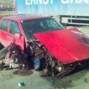 850-ka razbita na parkingu v St. Michael (at) slikano s telefonom