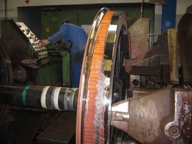 Struženje kolesne dvojice 33-037 - foto