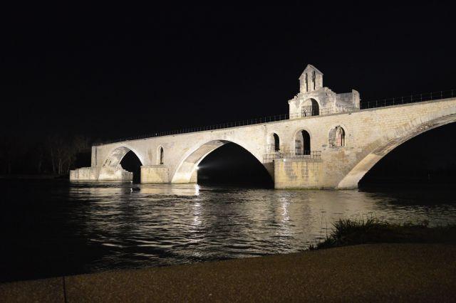 Avignon in okolica - foto