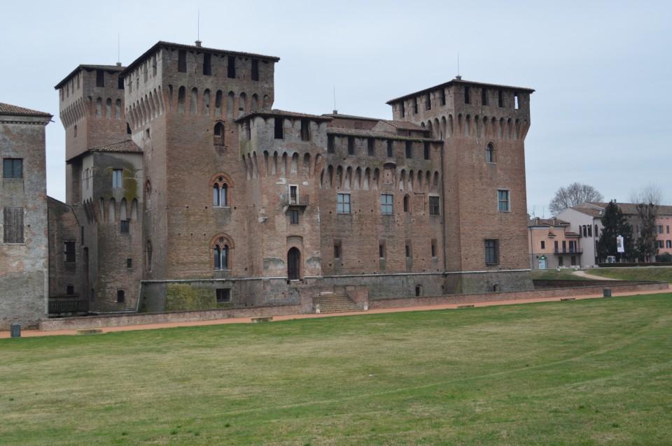 Srednjeveško mesto mantova   - italija - foto povečava