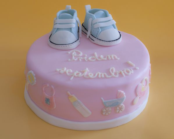 Baby shower torta
