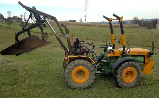 Zadnji traktorski utovarivač - Page 3 23413970