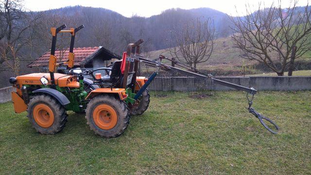 Zadnji traktorski utovarivač - Page 3 23432387