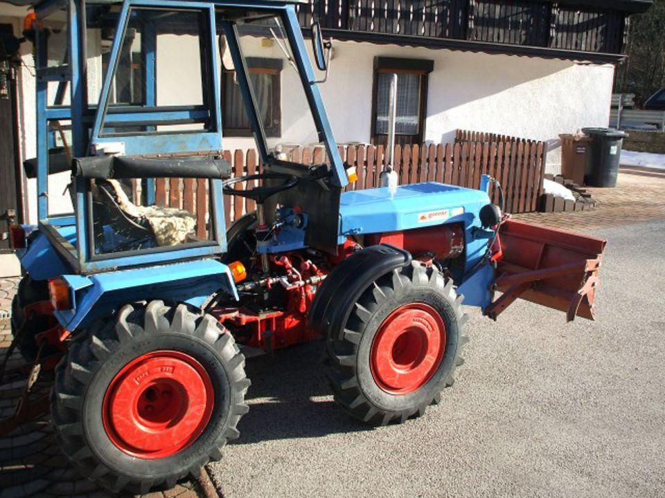 Traktori Tomo Vinkovic foto 20402149