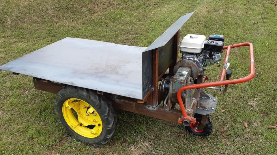 Motorni voziček, motorna kolica - foto povečava