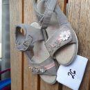 Sandali novi 9€