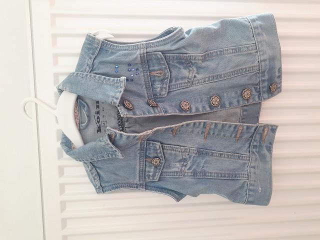 Brezokavnik jeans št.110 (5€)