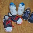 Komplet čevljev - št. 18,19 - 10 eur