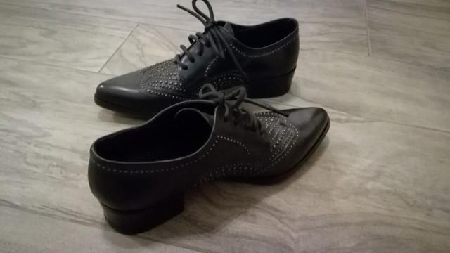 Usnjeni italijanski čevlji, št. 38, cena 50€