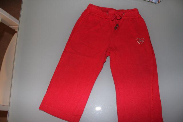 Trenerka hlače, št. 92 (malo manjša številka), 2 eur