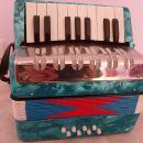 Otroška harmonika, ohranjena, 15€