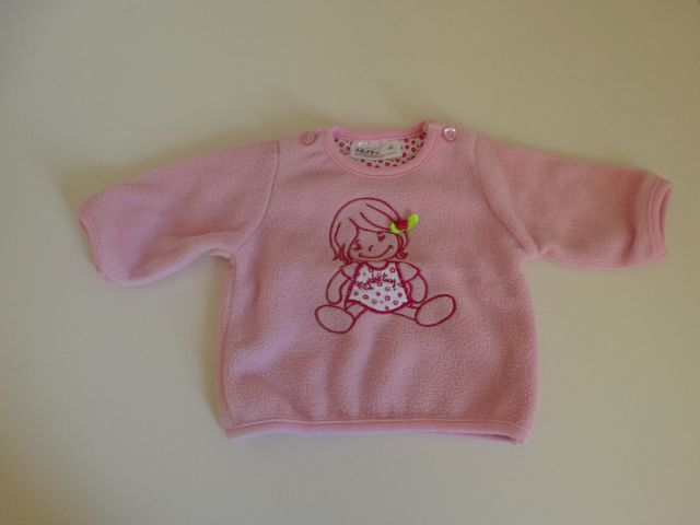 Topel puloverček, št. 56 - 4 EUR