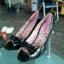 Čevlji št. 37 (ženski)