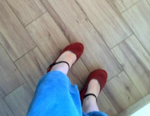 Čevlji s polno peto znamke Scarlet, št. 38 - foto