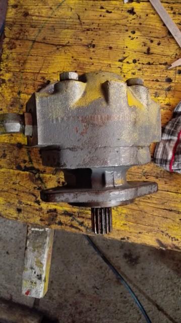 Hidravlična pumpa - foto