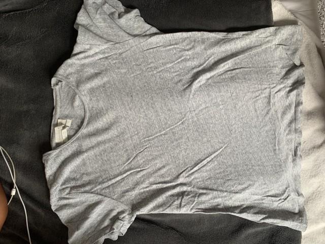 Zara majica.