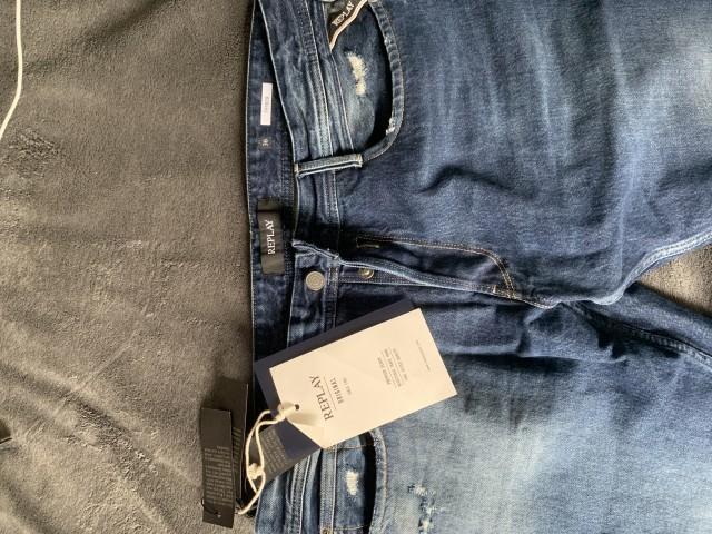 Nove REPLAY kavbojke jeans.