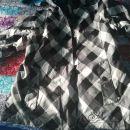 Smučarska bunda malo rabljena cena15 eu +ptt