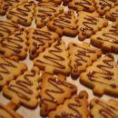 Lešnikove smrekice - zadnja praznična peka 2005.
