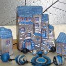 hiške in ogrlici iz fimo mase (darilo za frendico)