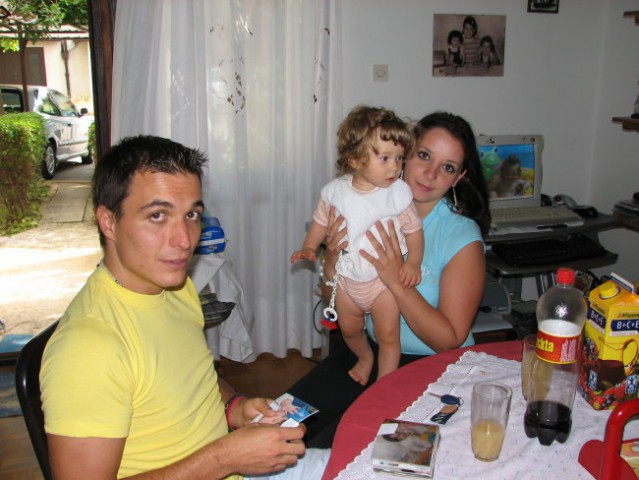 Dejan,jaz in Maja!Mamina dolgoletna dopisovalka!:))