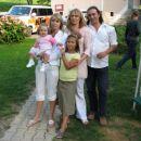 Mamina sestrična z možem in hčerkama!