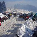Zimska idila-motorji, šotori, veliko snega in stari prijatelji.
