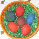 jajčka ovita v alu folijo in pobarvana s tempero