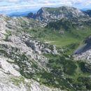 Pogled s Srebrnega sedla na Korošico in okolico (v ozadju Deska)