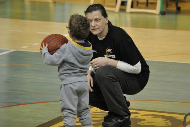 Košarkarska tekma Elektra Hopsa - foto