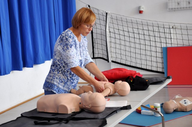 Predstavitev  defibrilatorja Zavodnje - foto