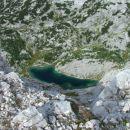 ®Simona Dernulc  ...pa tudi globoko v dolino Triglavskih jezer . Smo nad