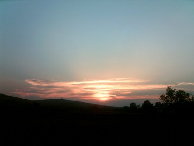 Sončni zahod tam ko smo bli, posneto z balkona =) iiii